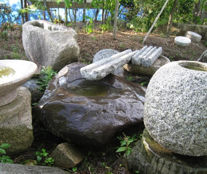 自作水鉢石樋 (2)