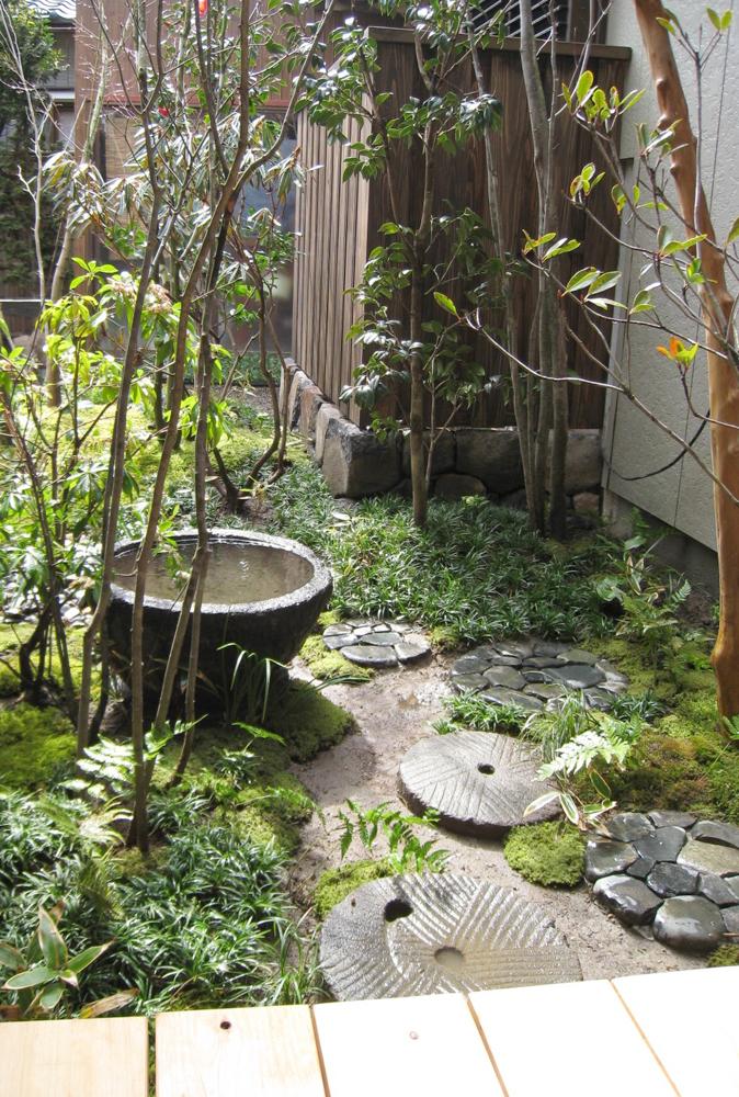自宅の庭1 12b_works8_11