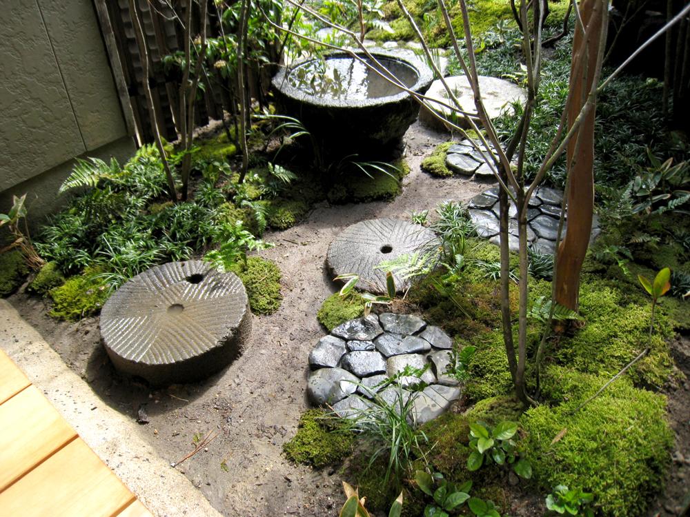 自宅の庭1 12b_works8_2
