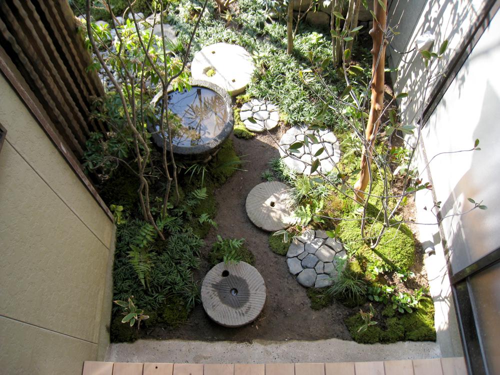 自宅の庭1 12b_works8_7